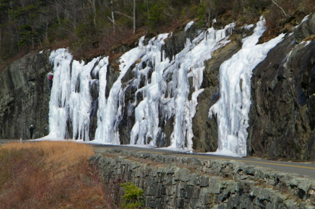 Guide to NC Ice Climbing