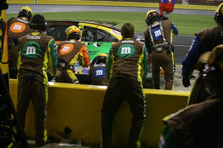 Epidemiological Study Tracks Upper Extremity Injury Trends  in NASCAR Drivers and Pit Crew