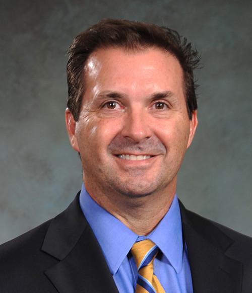 David C  Hillsgrove, MD