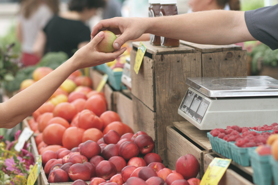 Visiting the farmer's market is a great way to find fresh fruits and vegetables and challenge yourself to try new foods.